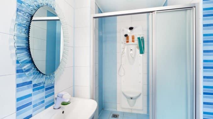 Duschschiebetür mit Duschdichtungsprofil