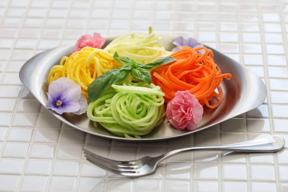 frische Gemüsespaghetti
