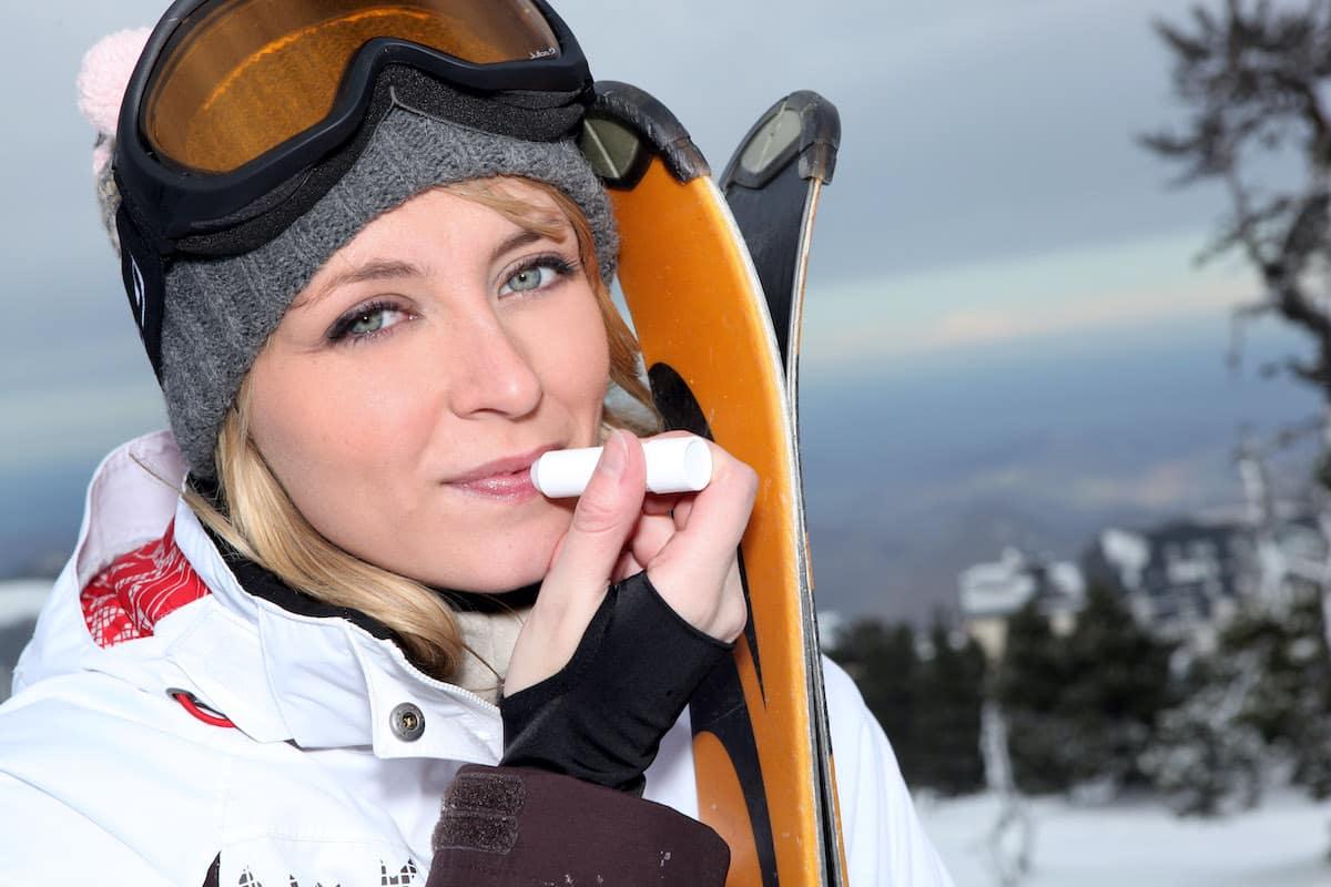 Lippenpflege im Winter gegen trockene Lippen